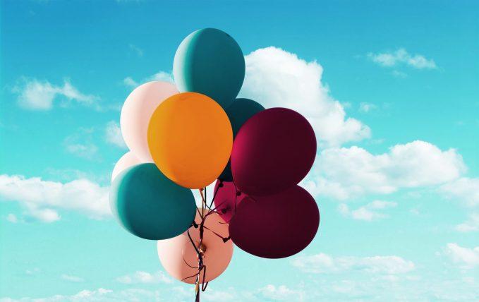 zaproszenie w kształcie balonów